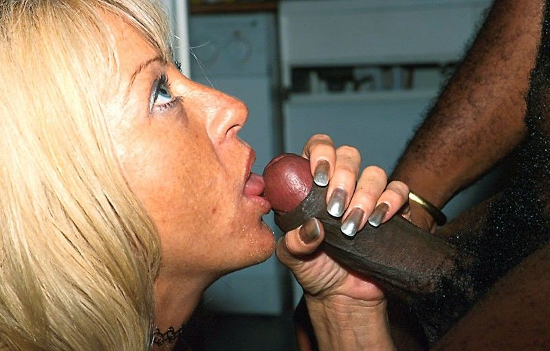 Defloration of hermaphrodiate on slut load